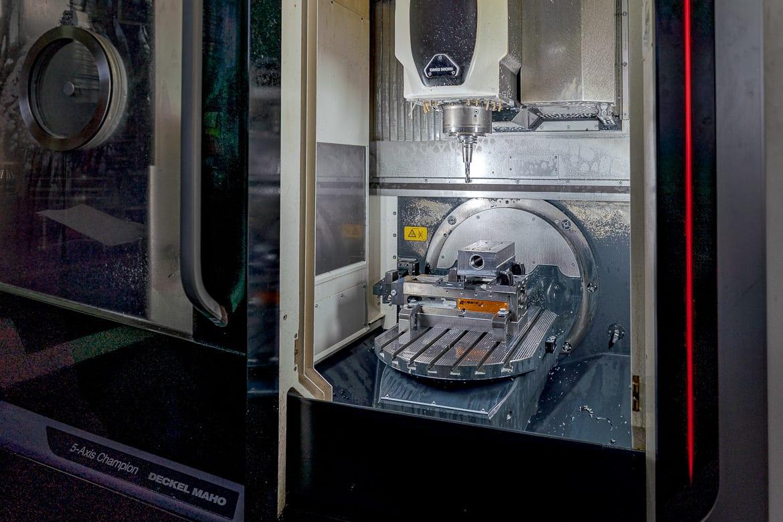 5-Achsen CNC-Bearbeitungs-Zentrum DM50